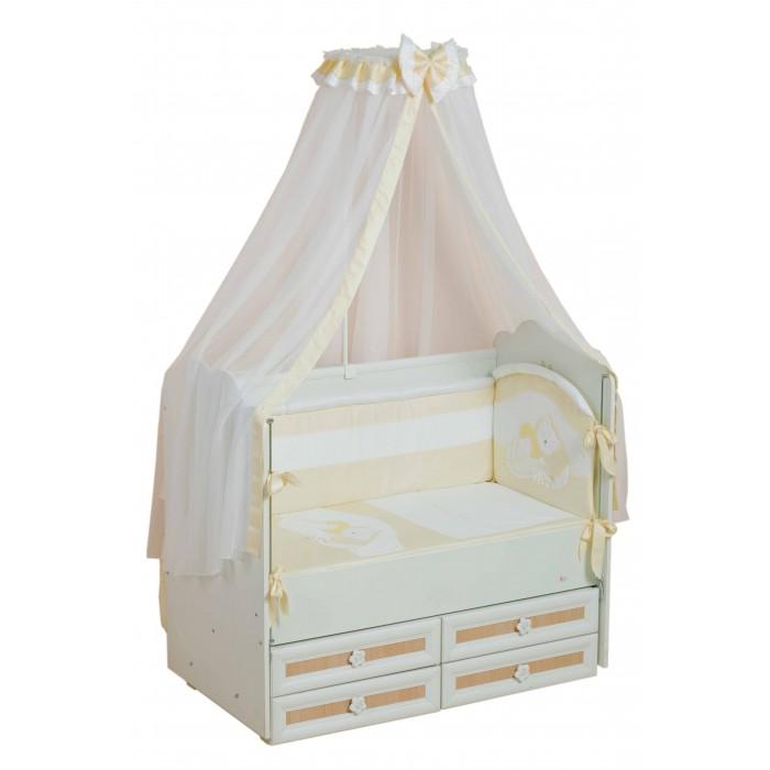 Комплект в кроватку Селена (Сдобина) Мой маленький друг (7 предметов)Мой маленький друг (7 предметов)Комплект не вызывает аллергических реакций и предназначен для малышей с рождения. Хлопковое белье способствует улучшению терморегуляции. Украшен вышивкой-аппликацией.  Комплект в детскую кроватку «Мой маленький друг», 7 предметов:   одеяло 110 х 140 см.  подушка 40 х 60 см.  простыня с резинкой 60 х 120 см.  наволочка 40 х 60 см.  пододеяльник 110 х 140 см.  бортик - состоит из двух частей 40 х 120 см и 40 х 60 см, на каждой из которых съемный чехол  балдахин   Материал: хлопок Наполнитель: холлкон<br>