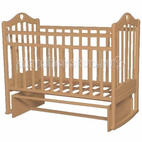 Детская кроватка Антел Каролина 3 (маятник поперечный)Каролина 3 (маятник поперечный)Детская кроватка Каролина 3 с привлекательным дизайном наверняка придется по вкусу и родителям и малышу.   Кроватка выполнена из экологически чистой древесины березы и оснащена маятниковым механизмом поперечного качания. Кроватка имеет два уровня регулировки высоты ложа. Переднее боковое ограждение также регулируется по высоте, что облегчает контакт мамы с ребенком.   Производители предусмотрели специальные накладки (грызунки) в верхней части боковых ограждений. Грызунки, изготовленные из высококачественного силикона, делают безопасным контакт ребенка с деревянной поверхностью.  Характеристики: механизм укачивания: поперечный маятник регулируемое по высоте ложе (2 положения) силиконовые накладки (грызунки) съемное переднее ограждение  Размеры: спальное место: 120х60 см размер кроватки: 125x68x100 см  Материал: массив березы. Покрыта нетоксичными и безвредными для здоровья детей лаками.<br>