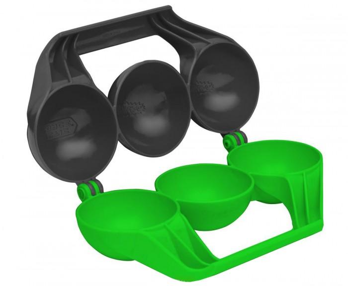 Arctic Force СнежкоДел SnowBall Maker 39034СнежкоДел SnowBall Maker 39034Снежкодел ShowBall Maker - самый необходимый аксессуар для участника битвы снежками. С его помощью можно за один приём изготавливать три снежка, чтобы стрелять ими из снежкового оружия ShowBall. Снежкодел выполнен из морозостойкой пластмассы. Он лёгок и компактен.  Особенности: От 7 лет Удобная эргономичная форма пресса Возможность сделать и хранить сразу три снежка Яркий цвет препятствует возможности потерять Snowball Maker в снегу<br>