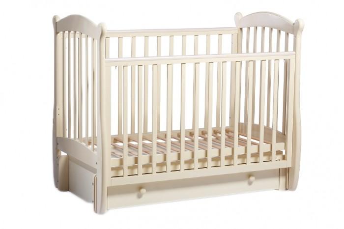 Детская кроватка Baby Luce Карамелька универсальный маятникКарамелька универсальный маятникДетская кроватка Карамелька универсальный маятник - качественная кроватка для детей от рождения. Изготовлена в классическом стиле, поэтому подойдет под любой интерьер.  В технологии используются только гипоаллергенные лаки и эмали.  Для малыша предусмотрено особое расположение элементов ограждения кроватки, закругленные углы и безопасная краска, которая не повредит здоровью малыша даже при «пробе на зуб». Мама оценит возможность легко и просто снять боковину. Кроватки производства Baby Luce комплектуются выдвижными ящиками для белья и все необходимое всегда есть под рукой в прямом смысле слова.   Есть накладка на поручни детской кроватки (грызунок), которая защищает зубки малыша и растущий организм от воздействия лака и краски.  2 положения ложа Универсальный маятник Боковые накладки из пищевого пластика. Боковое ограждение: возможность быстрого снятия (планки бокового ограждения не съемные). Ящик: закрытый, глубокий, с бесшумными направляющими. Качественная обработка древесины.  Внутренние размеры ложа: 119х60 см.  Материал: массив кавказского бука.  Качание: универсальный маятниковый механизм.<br>