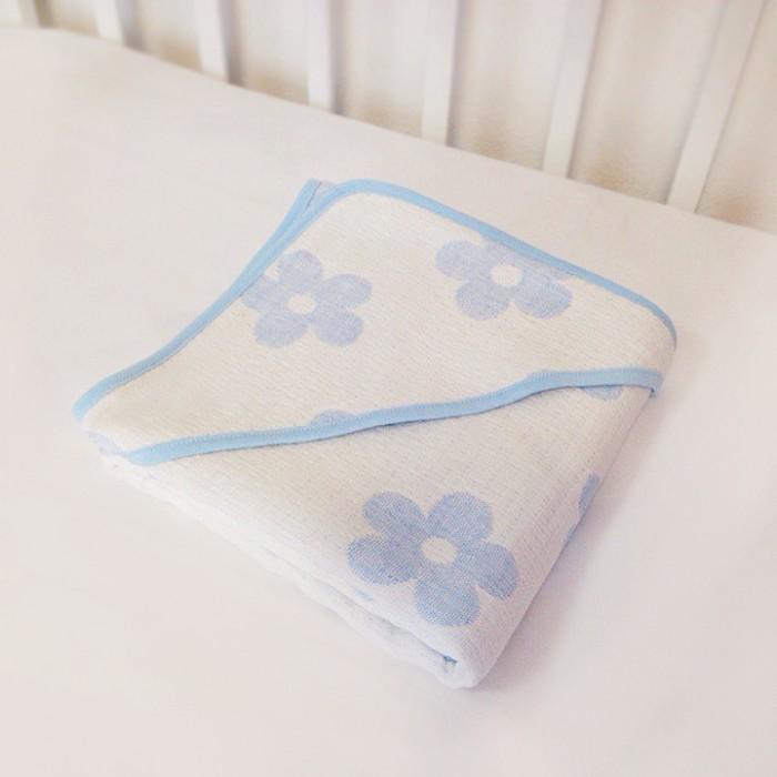 Baby Nice (ОТК) Уголок для купания 100x100 смУголок для купания 100x100 смУголок для купания - легкий и необыкновенно мягкий к телу малыша, ведь муслиновая натуральная 100% хлопковая ткань, из которой изготовлен уголок, прошла специальную обработку по умягчению. Эта обработка ткани так же сделала ее особенно дышащей - пропускающей воздух, очень нежной и комфортной.   Уголок из хлопкового муслина неприхотлив в использовании и в уходе: он мгновенно впитывает влагу, быстро сохнет, не деформируется.  Муслин – новая воздушная очень приятная по тактильным ощущениям ткань из натурального хлопкового волокна - имеет прекрасную репутацию во всем мире.   Такой сказочной мягкости и легкости уголка из муслина удалось достичь благодаря особому способу переплетения нитей из определенных сортов более тонкого хлопка, с его последующей дополнительной обработкой.   Изделие гигроскопично, окрашено гипоаллергенными красителями, не содержит в себе остаточной химии после технологических процессов обработки.  Размер: 100&#215;100 см.<br>