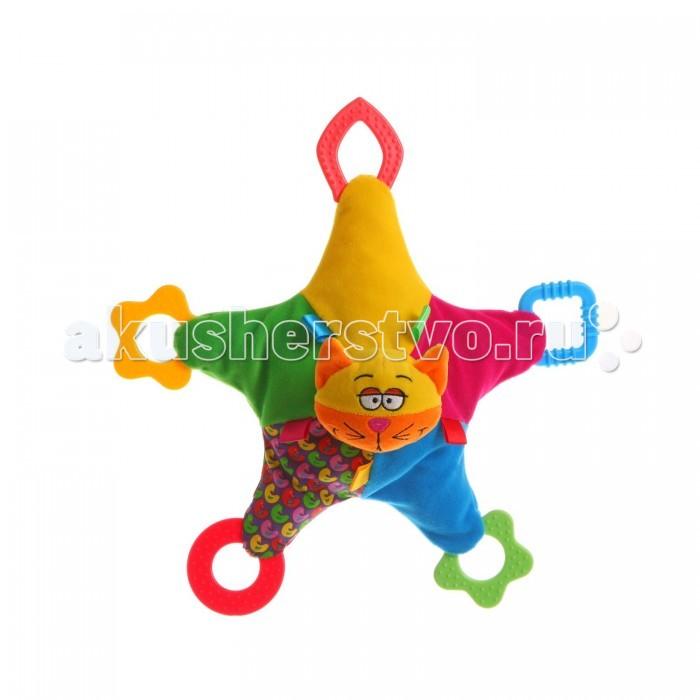 Развивающая игрушка Bondibon Кот и собака 32 смКот и собака 32 смПогремушка мягкая 32 см  Мягкая развивающая игрушка выполнена в форме звездочки, в центре которой находится мордочка кота или собаки. Каждый из кончиков звезды оборудован прорезывателем для зубов.   Все прорезыватели имеют разную форму, а если потрясти игрушку, то она будет издавать гремящий звук. Такая игрушка станет отличным развивающим подарком!<br>