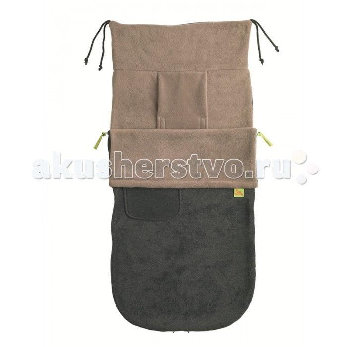 Демисезонный конверт BuggySnuggle Флисовый в коляскуФлисовый в коляскуДемисезонный конверт BuggySnuggle Флисовый в коляску для малышей от рождения до 3-3,5 лет, пока ребенок не перерастет свою коляску.   Для малыша в коляске новорожденного, флисовый конверт Buggysnuggle Plain Black укладывается на дно люльки и используется как демисезонное одеяло. Ребенок полностью закрыт и случайно не скинет одеяло. Верхняя часть конверта быстро открывается, доступ к новорожденному малышу с 4 сторон. Верхняя деталь может быть частично или полностью снята.   Для ребенка с 6 месяцев, когда он меняет коляску на прогулочную, флисовый конверт Buggysnuggle Plain Black используется как демисезонный чехол для ножек. Продуманная конструкция конвертов Buggysnuggle легко позиционируется в коляске с 5-ти точечной системой ремней прогулочной коляски. Плечевые ремни проходят через продольные разрезы, на липучке, а для пахового ремня предусмотрено 2 прорези. Такая конструкция обеспечивает максимальное совпадение выхода ремней и прорезей на конверте.  Основные характеристики: совместим со всеми детскими колясками, легко позиционировать относительно 5-ти точечной системы безопасности коляски продольные прорези для плечевых ремней на липучках, 2 прорези для пахового ремня 2 варианта крепления: завязками на раму (для колясок с нерегулируемой спинкой) или карманом за спинку коляски (регулирование спинки с конвертом) верхняя деталь открывается молниями с 4 сторон и полностью снимается, нижняя может использоваться как матрасик нижние молнии открываются, чтоб оставить грязную обувь наружи каждая деталь (верхняя и нижняя) состоят из 2-х слоев высококачественной ткани карман для детских принадлежностей на верхней части для детей от рождения до 3-3,5 лет, пока ребенок не перерастет свою коляску большой размер конверта: длина 100 см, ширина 46 см простота в уходе, стирка в бережном режиме при t=40°, быстро сохнет, не требует глажки.<br>