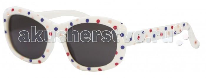 Солнцезащитные очки Caramella в разноцветный горошекв разноцветный горошекCaramella Очки солнечные в разноцветный горошек - это ультрамодный и полезный аксессуар для маленькой модницы.   Особенности: Их пластиковые линзы надежно защищают глаза от коварных ультрафиолетовых лучей, особенно опасных для детских нежных хрусталиков.  Удобные дужки комфортно прилегают к голове и почти не ощущаются.  Аксессуар изготовлен из пластика, расстояние между дужками на внутренней части очков – 103 мм.  Товар произведен в Тайване.  Имеется сертификат качества и протокол испытания линз.<br>