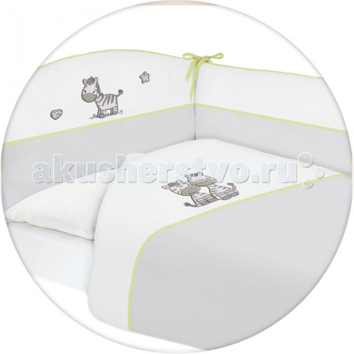 Постельное белье Ceba Baby Zebra с вышивкой (3 предмета)Zebra с вышивкой (3 предмета)Постельное белье Ceba Baby Zebra с вышивкой (3 предмета) отвечает самым высоким стандартам качества.  Особенности: комплект постельного белья для детской кроватки;  ткань: 100% хлопок;  комплект украшен нарядной вышивкой;  чехол бортика – съёмный на молнии, разрешена машинная стирка в деликатном режиме;  все используемые материалы сертифицированы в соответствии с Oeko-Tex® 100, класс I (текстильные изделия для детей).   В комплект входят:  пододеяльник 100х135 см;  наволочка 40х60 см;  мягкий бортик 200х32 см.<br>