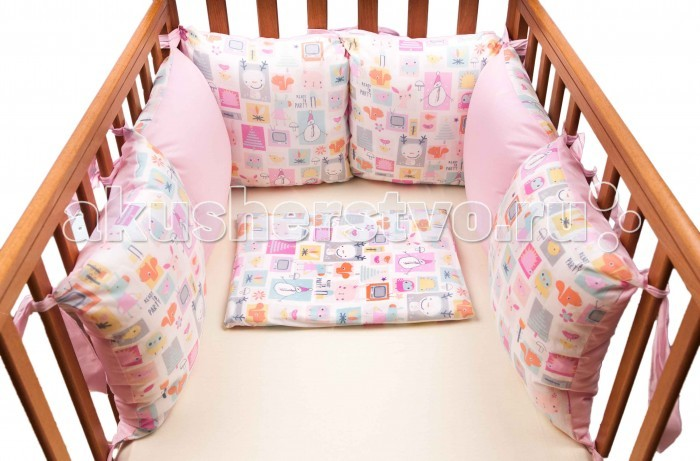 Бампер для кроватки Daisy Мультяшки 6 подушекМультяшки 6 подушекБампер из подушек 6 шт.  Дейси  Бампер в кроватку из 6 подушек.   Высота 30 см- Длина 180 см(60+60+60) Размер подушки 30х30 см.  Одна сторона подушки с рисунком, другая из однотонной ткани. По желанию подушки можно разместить поочередно разными сторонами,  как на фото, а можно составить из одного цвета.<br>