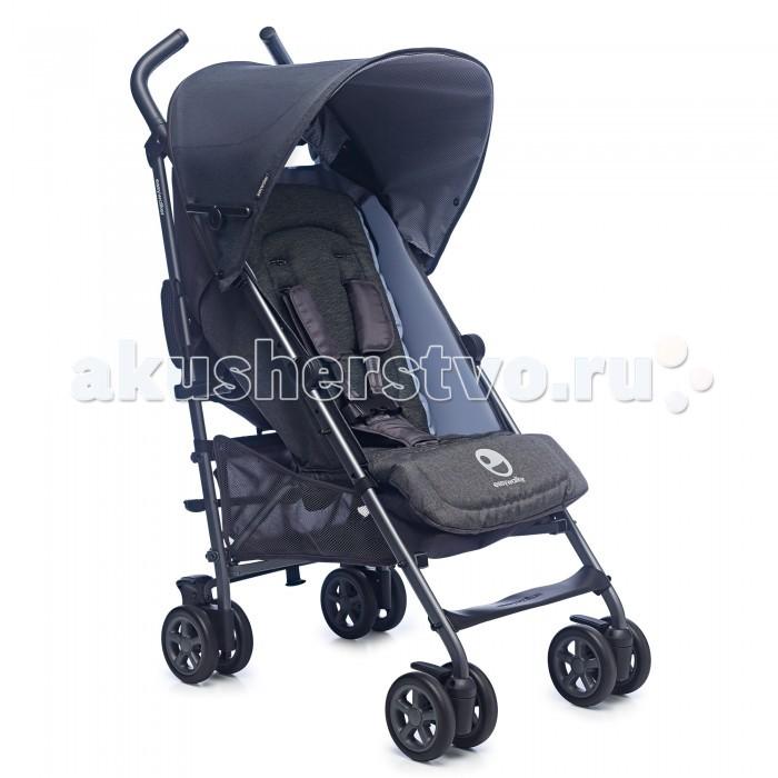 Прогулочная коляска EasyWalker BuggyBuggyПрогулочная коляска EasyWalker Buggy невероятно легкая и простая в управлении, а продуманная до мелочей конструкция обеспечивает комфортную посадку ребенка.  Прогулочный блок: эргономичное мягкое сиденье для комфортной посадки ребенка спинка сиденья регулируется в 4 положениях, включая горизонтальное для сна подходит для ребенка с рождения и до 3 лет удобная регулируемая подножка увеличивает спальное место пятиточечные ремни безопасности позволяют надежно пристегнуть малыша и при этом обеспечить ему возможность свободно двигаться большой раздвижной капюшон оснащен дополнительным солнцезащитным козырьком дышащая гипоаллергенная ткань легко снимается и стирается  можно установить съемный бампер (приобретается отдельно)  Колеса: изготовлены из особого материла – EVA (этиленвинилацетат), который используется также в производстве беговых кроссовок и отличается особой легкостью и упругостью. Благодаря этим свойствам, колеса обладают великолепными амортизирующими свойствами и обеспечивают мягкий ход. поворотные сдвоенные передние колеса с возможностью фиксации на месте амортизация на передних и задних колесах обеспечивает плавный ход коляски даже по бугристой поверхности, оберегая ребенка от тряски  Ручки: благородная кожаная отделка оптимальная высота для управления коляской  Шасси: ножная тормозная система компактное сложение по принципу зонтичного  - коляска складывается одной рукой за 4 секунды вместительная корзина совместимость с детскими автокреслами Maxi-Cosi (требуется переходник-адаптер)<br>