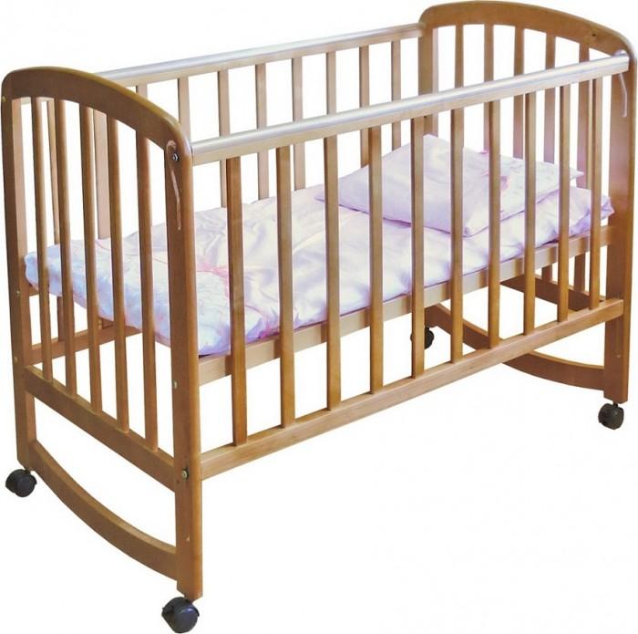 Детская кроватка Фея 304304Детская кроватка Фея304 изготовлена из натурального материала сбезвредным лакокрасочным покрытием. Механизм автостенки позволяет опускать боковую стенку одной рукой. Имеет прочную, легко собираемую конструкцию.Укроваткиимеются колеса, при помощи которых ее просто перемещать по комнате. При необходимости колеса можно снять и кровать преобразуется в кроватку-качалку.Характеристики:  два положения ложа  Автостенка - механизм опускания одной рукой  колеса  качалка  накладки ПВХ  материал: массив березы  размер ложа: 60х120 cм  размер в упаковке (ВхШхГ): 122х13,5х70см  размеры в сборке (ВхШхГ): 124,5х67,5х105 см  вес: 15 кг  С инструкцией и комплектацией можно ознакомиться на фото.<br>