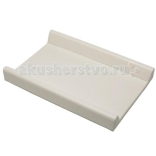 Foppapedretti Накладка для пеленания 69 смНакладка для пеленания 69 смНакладка для пеленания из пленочного материала предназначена для ежедневной смены пеленок, мытья и переодевания малыша.  Удобная форма с приподнятыми краями, гладкая, легко моющаяся поверхность помогут Вам в уходе за ребенком.  Накладка для пеленания небольшого размера, удобно хранить и брать с собой в дорогу.  Длина: 73 см Ширина: 60 см<br>
