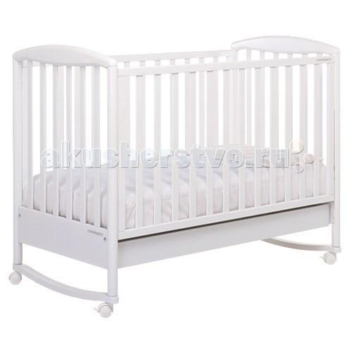 Детская кроватка Foppapedretti LiubaLiubaДетская кроватка Foppapedretti Liuba – это современные технологии и высокое качество материалов для самого комфортного и безопасного сна вашего малыша.   Дно, регулируемое в двух положениях, и опускающаяся передняя стенка кроватки сделают ее использование максимально удобным для мамы. Кроватка оснащена вместительным двухсекционным ящиком и прорезиненными колесиками с фиксаторами для ее легкого перемещения.   Отсутствие острых углов и идеальная обработка каркаса, современные экологически чистые материалы в соответствии с европейскими стандартами безопасности подарят малышу самые сладкие сны.   Особенности: Каркас кровати выполнен из сертифицированного массива бука – прочного и долговечного материала, лучшего для малыша первых лет жизни. Он покрыт специальными нетоксичными лаком и красками, полностью безопасными для ребенка.  Передняя стенка кровати легко регулируется в двух вариантах по высоте с помощью механизма «автостенка». Основание кровати регулируется в двух вариантах по высоте. В его верхнем положении кровать рекомендуется использовать с рождения до трех-четырех месяцев, пока ребенок не сможет подтянуться без посторонней помощи. Кровать подходит для матраса размером 125x65 см и толщиной до 12 см. Может использоваться как кроватка-качалка. Кроватка имеет большой удобный выдвижной ящик с двумя отделениями для хранения предметов, необходимых для ухода за ребенком. Мобильность модели обеспечивают четыре поворотных резиновых колеса, не царапающие поверхность пола. Для установки в неподвижном положении на двух из них имеются стопоры. Кровати Foppapedretti соответствуют самым строгим европейским стандартам безопасности, имеют жесткую систему контроля качества. В них отсутствуют мелкие детали, которые могут быть случайно проглочены ребенком, закруглены углы и края, тщательно рассчитано безопасное расстояние между прутьями. Кровати испытаны с использованием статических и движущихся объектов, что гарантирует их устойчивость даже 