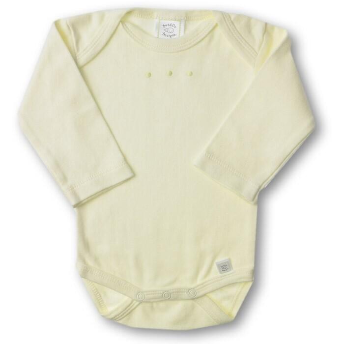 SwaddleDesigns Боди с длинным рукавом 6-12 мес.Боди с длинным рукавом 6-12 мес.Боди с длинным рукавом необходимая вещь на каждый день, доступны в разных цветах с вышитыми точками. Боди для новорожденного SwaddleDesigns изготавливается из натурального 100% хлопка высочайшего качества (100% cotton knit), нить проходит специальную особую обработку и приобретает дополнительную мягкость.  Чтобы исключить любое неудобство для детской нежной кожи, вышивка на боди произведена мягкими нитками и не имеет дополнительной подкладки с обратной стороны. Перекрывающийся вырез горловины позволяет легко переодевать малыша, используются высококачественные заклепки.  Характеристики: Возраст: от 6 до 12 месяцев (8 - 10 кг) Изготовлен: из натурального 100% хлопка высочайшего качества.<br>
