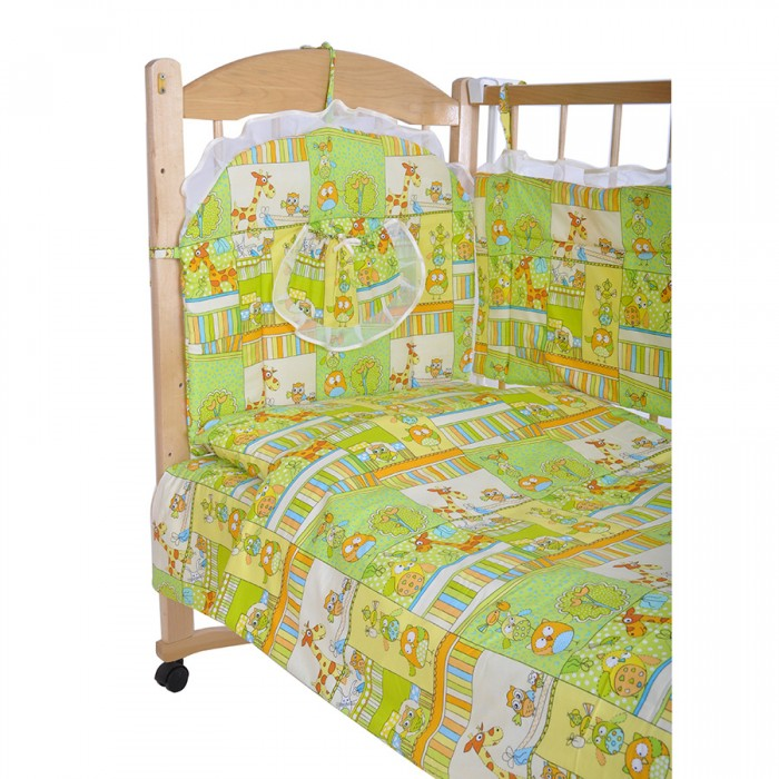 Комплект в кроватку GulSara 52 (6 предметов)52 (6 предметов)Комплект постельного белья 52 (6 предметов) включает все необходимые элементы для детской кроватки.  Кроватка Вашего малыша будет неотразимой и очень уютной. Ведь в комплект входит все необходимое для крепкого и безопасного сна малыша.  Комплект сшит из 100% натуральных материалов с соблюдением высоких стандартов качества. Ткань из 100% хлопка не только мягкая и шелковистая, но так же не электризуется, долговечная и легко стирается.   Характеристики:  Материал: бязь. Отделка: атласная бейка. Наполнитель: синтепон (борта, подушка, одеяло).  Комплектность: комплект раздельных бортов 360х40х55 см подушка 40х60 см одеяло 110х140 см пододеяльник 110x140 см простынь 100x140 см наволочка 40x60 см<br>