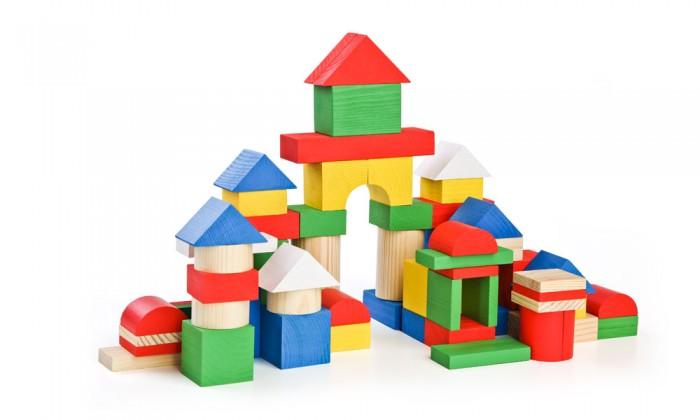 Деревянная игрушка Томик Конструктор (65 деталей) ЦветнойКонструктор (65 деталей) ЦветнойЯркий и красочный Конструктор (65 деталей) Цветной состоит из кубиков, плит, треугольников, цилиндров разной длины. Ребенок сможет построить домики, башни, замки, пирамиды, мосты. Такая игра развивает пространственное мышление, фантазию, умение использовать форму предмета, моторику, координацию, приучает ребенка к усидчивости.  Конструктор (65 деталей) Цветной также является удобным дидактическим материалом. Разноцветные детали помогают ребенку не только выучить названия цветов и геометрических фигур, но и понятия больше-меньше, выше-ниже, шире-уже.<br>