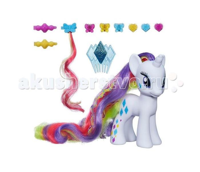 My Little Pony Hasbro Модница Рарити ДелюксHasbro Модница Рарити ДелюксMy Little Pony Hasbro Модница Рарити Делюкс. Компания HASBRO (Хасбро) знает, чем можно порадовать девочек! Для юных поклонниц анимационного многосерийного фильма Дружба – это чудо! (My Little Pony) всемирно известная компания по производству детских игрушек выпустила серию замечательных лошадок Делюкс - героинь любимого девочками мультфильма!  Отличительная черта фигурок этой серии – удивительно длинные и густые грива и хвост, которых так здорово расчесывать, заплетать в косички, создавать различные прически с помощью специальных заколок, украшать драгоценными камнями!   Все необходимые украшения модницы Рарити входят в комплект набора!<br>