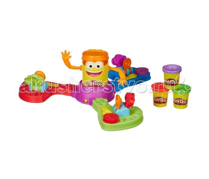 Play-Doh Hasbro Игровой набор для лепкиHasbro Игровой набор для лепкиPlay-Doh Hasbro Игровой набор для лепки. Настольная игра Play-Doh сочетает в себе элементы творчества и веселой игры. Она предназначена для 2 или 3 игроков.  Поле состоит из трех секторов - у каждого игрока свой. В центре находится ДоДошка - баночка из-под пластилина в виде человечка, символ Play-Doh. Лепите снаряды из пластилина и запускайте их в Додошку с помощью катапульты! В ответ он будет приподнимать крышку и забавно шевелить руками. Победителем станет самый меткий - тот, кто попал в Додошку большее количество раз, чем другие игроки.   Настольная игра Плей До гарантирует веселое времяпрепровождение в компании друзей! Ну, а потом, каждый сможет слепить из пластилина что угодно - здесь фантазия тоже ничем не ограничена.<br>
