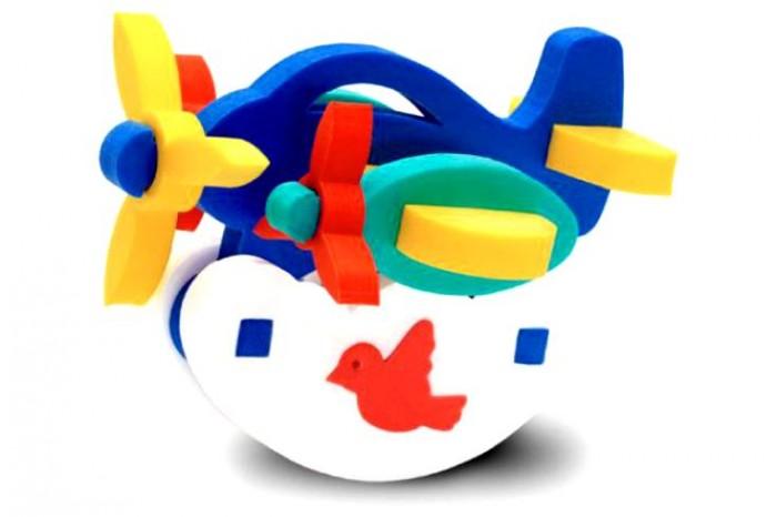 Конструктор Флексика Самолетик-качалкаСамолетик-качалкаКонструктор Флексика Самолетик-качалка обязательно понравится Вашему малышу и займет его внимание надолго.  Развивающие мозаики и конструкторы серии Флексика изготовлены из мягкого полимерного материала - современного, легкого, прочного, абсолютно безопасного для ребенка. При намокании фигурки прилепляются легко к кафелю или любой другой ровной поверхности.  Самое замечательное, что развивающие игры Флексика подойдут даже самым активным детишкам, ведь детали из мягкого пластика не поддаются детским укусам и их сложно порвать.<br>