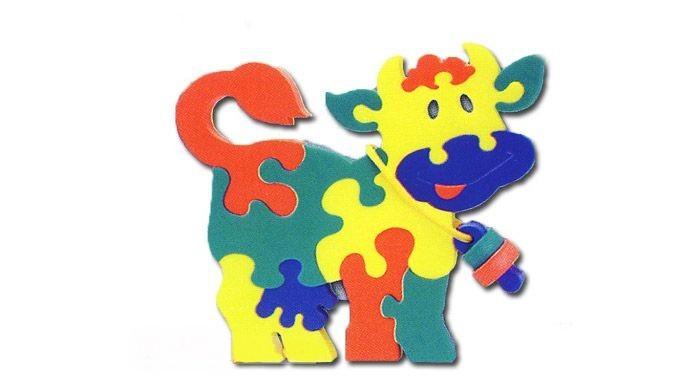 Флексика Мозаика КоровкаМозаика КоровкаФлексика Мозаика Коровка обязательно понравится Вашему малышу и займет его внимание надолго.   Мозаика изготовлена из мягкого полимерного материала - современного, легкого, прочного, абсолютно безопасного для ребенка. Мозаика способствует развитию и тренировке памяти, пространственного восприятия и мелкой моторики малыша. Помогает изучить простейшие геометрические фигуры, цвета, счет. Фигурки вынимаются из формы, ими можно играть отдельно. А потом сложить обратно, соблюдая определенную логику и последовательность.  Самое замечательное, что развивающие игры Флексика подойдут даже самым активным детишкам, ведь детали из мягкого пластика не поддаются детским укусам и их сложно порвать.<br>