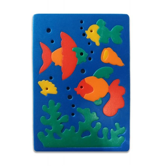 Флексика Мозаика мягкая РыбкиМозаика мягкая РыбкиФлексика Мозаика мягкая Рыбки обязательно понравится Вашему малышу и займет его внимание надолго.   Мозаика изготовлена из мягкого полимерного материала - современного, легкого, прочного, абсолютно безопасного для ребенка. Мозаика способствует развитию и тренировке памяти, пространственного восприятия и мелкой моторики малыша. Помогает изучить простейшие геометрические фигуры, цвета, счет. Фигурки вынимаются из формы, ими можно играть отдельно. А потом сложить обратно, соблюдая определенную логику и последовательность.  Самое замечательное, что развивающие игры Флексика подойдут даже самым активным детишкам, ведь детали из мягкого пластика не поддаются детским укусам и их сложно порвать.<br>