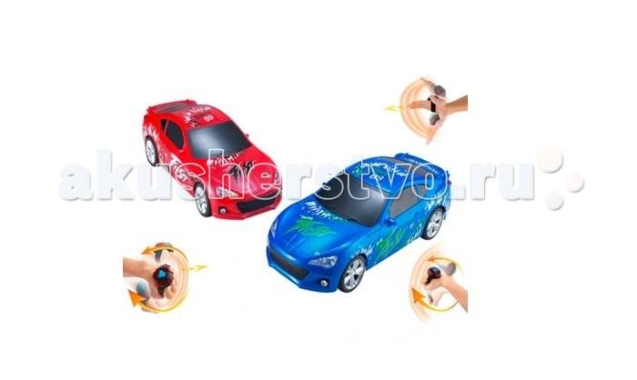 Yako Машина на радиоуправлении с сенсорным пультом управления Y15777037Машина на радиоуправлении с сенсорным пультом управления Y15777037Машина YAKO на радиоуправлении с сенсорным пультом управления - мечта каждого юного автогонщика!   Все дети хотят иметь в наборе своих игрушек ослепительные, невероятные и крутые машинки на радиоуправлении. Машинка обладает неповторимым провокационным стилем и спортивным характером.  Машина отличается потрясающей маневренностью, динамикой и покладистостью.    Особенности   С сенсорным пультом управления, который надевается на руку и пристёгивается ремешком.   Движение машины вперёд управляется наклоном ладони вперёд.   Назад - подъёмом ладони вверх.   Повороты - наклоном руки вправо и влево.   При постановке руки в горизонтальное положение машина останавливется.   Во время движения машины вперёд светятся фары.   Задние фонари светятся, когда машина движется назад.   Используемая радиочастота - 2,4 ГГц.   Надписи и рисунки на корпусе машины нанесены методом печати.    Питание: электропитание машины осуществляется от 5 батареек типа АА, пульта управления - от 2-х батареек типа ААА. Элементы питания в комплект поставки не включены.<br>