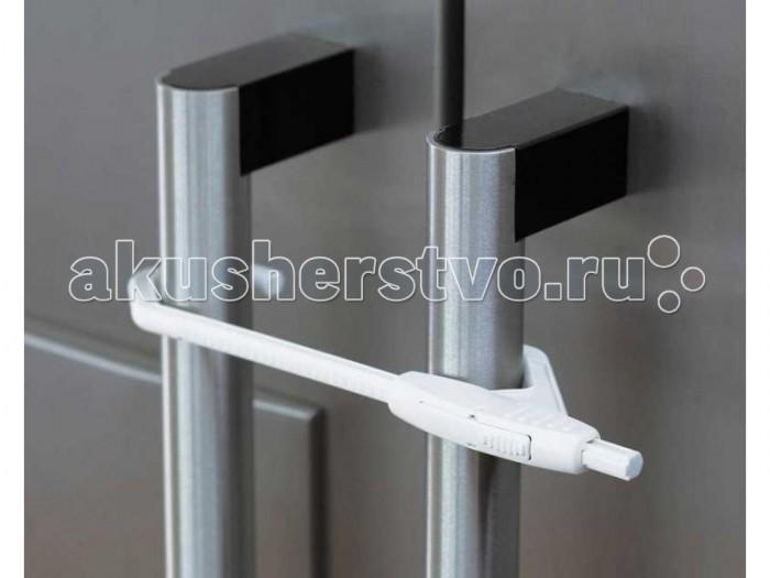 Baby Dan Блокировка открывающихся двойных дверей с ручками - Baby DanБлокировка открывающихся двойных дверей с ручкамиБлокировка Baby Dan дляоткрывающихся двойных дверей с ручками 8269-69. Блокировка предназначена для двойных распашных дверей, на которых установлены круглые ручки или ручки-скобы. При установке блокировки для двойных дверей не требуется использования инструментов и клеящих элементов, после использования блокировку легко можно снять взрослому.  Диаметр ручек не больше 25 мм  Расстоянием между ручками от 60 до 140 мм<br>