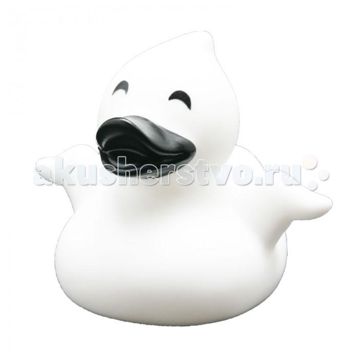 FunnyDucks Игрушка для ванны Уточка привидениеИгрушка для ванны Уточка привидениеFunnyDucks Игрушка для ванны Уточка привидение. Резиновая желтая уточка - всемирно известная классическая игрушка для ванной. В дополнении к стандартной игрушке предлагаем более 100 дизайнерских уток-персонажей.   Рекомендованы для детей от 3-х лет, изготовлены из безопасных, нетоксичных материалов и соответствуют сертификату ТР ТС.   Предназначены для игр в воде, на улице и дома, при нажатии издают негромкий пищащий звук. На воде держатся ровно, голова не перевешивает, на бок не заваливаются.   Размеры уток 8,5 см х 8,5 см<br>