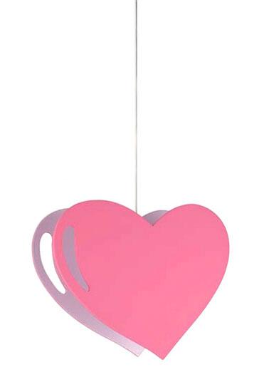 Светильник Massive Amore подвеснойAmore подвеснойСветильник подвесной Massive Kico Amore в форме сердца создаст уютную атмосферу в детской. Соответствует самым высоким стандартам безопасности. Изготовлен из экологически безопасных материалов. Характеристики:  Класс электробезопасности: 1  Количество ламп: 1шт.  Мощность: 40 Вт  Напряжение: 230 В  Цоколь: E27  Материал: металл, дерево, синтетика  Высота: 184 см  Ширина: 41.6 см  Длина: 17 см  Цвет: Розовый<br>