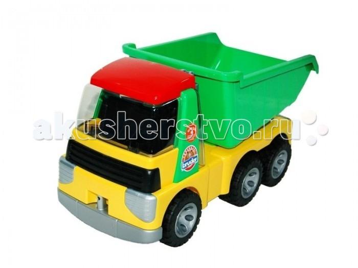 Bruder Грузовик RoadmaxГрузовик RoadmaxФункциональная модель грузовика с прицепом, выполненная в масштабе 1:16 Разработан специально для детей младшего возраста. Кузов поднимается и поворачивается. Машинка сделана из яркой пластмассы, колеса - из резины.   Размеры: 36,5 х 17,5 х 19,5 см.<br>