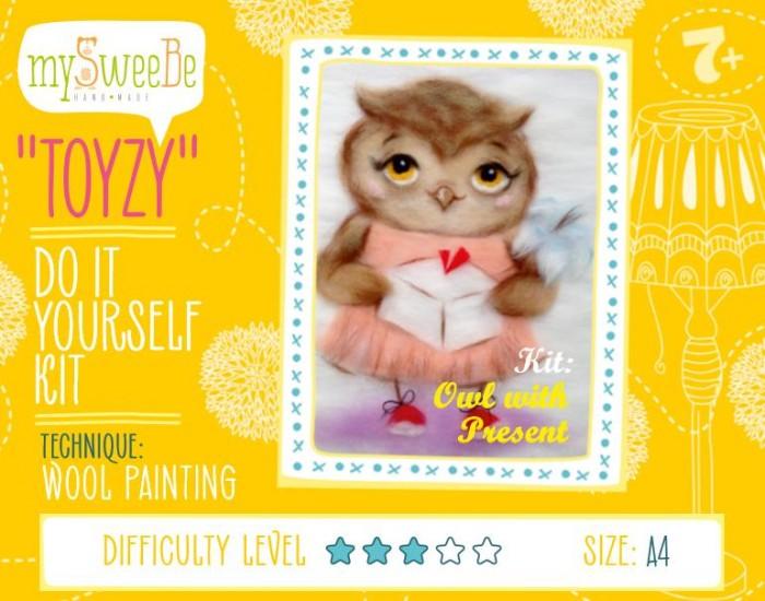 ToyzyKit Картина шерстью Сова с подаркомКартина шерстью Сова с подаркомToyzyKit Картина шерстью Сова с подарком  Замечательный набор для рукоделия Картина шерстью станет отличным подарком для любого творческого ребенка.   С помощью детальной инструкции, схемы и материалов ребенок сможет создать своими руками потрясающую поделку. Готовая работа может стать достойным подарком или сувениром для друзей и близких.   Все материалы для изготовления картины являются 100% натуральными и качественными.  Состав набора: детальная инструкция порядок работы шерсть пинцет подложка (А4) дополнительные элементы  Технику создания картины шерстью иногда называют шерстяной акварелью, поскольку для ее создания используются сваленная разноцветная шерсть, а получившийся результат имеет определенное сходство с картиной, нарисованной акварелью. В то же время картина шерстью имеет существенное преимущество: ошибки при работе легко исправить, для этого достаточно удалить неудачный слой и положить его вновь. В случае с акварелью исправить художественные неточности будет гораздо сложнее. Создание картины шерстью - это творческий процесс, который разгружает нервную систему, развивает воображение, творческий потенциал.<br>