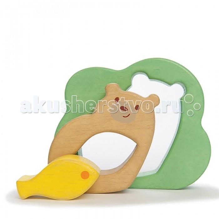 Деревянная игрушка LeToyVan Пазл для малышей Мишка с рыбкойПазл для малышей Мишка с рыбкойПазл для малышей Мишка с рыбкой - деревянная игрушка-головоломка для самых маленьких.   Пазл состоит из 3 фигурных элементов, которые не только вкладываются друг в друга, но и устойчиво стоят на столе.   Размер игрушки 10х12х2,5 см.  Все элементы выполнены из дерева 3 фигурных элемента, которые можно вкладывать друг в друга или расставить на столе.<br>