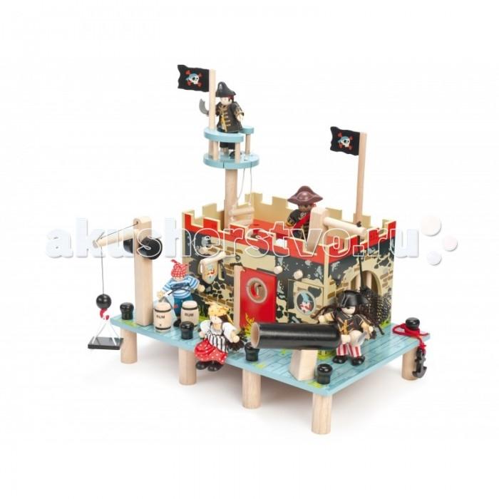 LeToyVan Подарочный набор Большое пиратское сражениеПодарочный набор Большое пиратское сражениеПодарочный набор Большое пиратское сражение.  Деревянный пиратский корабль с парусами, пушками, снарядами, флагами и вороньим гнездом (50х19х48 см).   Пиратский форт с большим наборов аксессуаров, размером (400x260x370 см). Игровой коврик Пират, 150х100 см.   Набор из 3 пиратских кукол.  Деревянные игрушки для детей от 3 лет.<br>