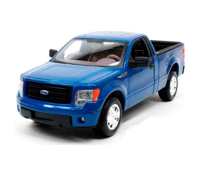 Welly Модель машины 1:34-39 Ford F-150Модель машины 1:34-39 Ford F-150Модель машины Welly 1:34-39 Ford F-150 является точной копией своего прототипа, выполненной в масштабе 1:34.   Машинка выполнена из высококачественных материалов, у нее крутятся колеса, открываются двери и капот. Она может достойно пополнить любую коллекцию машинок.  Этот двухдверный пикап с вместительным багажником, легендарная классика на все времена. История автомобилей Ford F-150 начинается в 1948 году, он является одним из самых успешных и продаваемых моделей за всю историю существования компании Ford - в течение целых 30 лет он удерживал лидирующую позицию по продажам. У автомобиля Ford-150 серьезные технические характеристики, он мощный и надежный.<br>