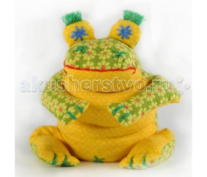 Перловка Набор выкроек Лягушонок КваНабор выкроек Лягушонок КваИсстари в самодельную игрушку вкладывали определенное значение и особенно ценили. Наши куклы поднимают настроение, украшают интерьер и могут нести в себе глубокий смысл. Это и оберег, и талисман, и символ чувства или эмоции мастера Кукла, сделанная своими руками - лучший подарок и собственным детям, и своим друзьям! Дополнительно вам понадобится синтепон или синтепух.<br>