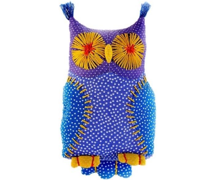 Перловка Набор выкроек Совенок УхНабор выкроек Совенок УхИсстари в самодельную игрушку вкладывали определенное значение и особенно ценили. Наши куклы поднимают настроение, украшают интерьер и могут нести в себе глубокий смысл. Это и оберег, и талисман, и символ чувства или эмоции мастера Кукла, сделанная своими руками - лучший подарок и собственным детям, и своим друзьям! Дополнительно вам понадобится синтепон или синтепух.Набор для создания текстильной игрушки - Любимой игрушки. Игрушка изготавливается из качественных, экологичных материалов. Простая и  продуманная выкройка, без пришивных деталей – для безопасной игры  малышей. Рекомендуем наполнять ее перловой крупой. Получается  симпатичная игрушка, которую можно и нужно тискать, жулькать,  жамкать...Это хорошо развивает мелкую моторику ребёнка и обладает  эффектом антистресс. Как настоящая авторская работа, игрушка,  изготовленная своими руками, наполнена человеческим теплом и любовью.  Ваш ребёнок обязательно это почувствует.  Игрушка не содержит пластиковых и металлических деталей, ее можно на несколько секунд поместить в микроволновку и потом использовать как небольшую милую теплую грелку. Засыпать с такой игрушкой малышу будет приятно и комфортно.<br>