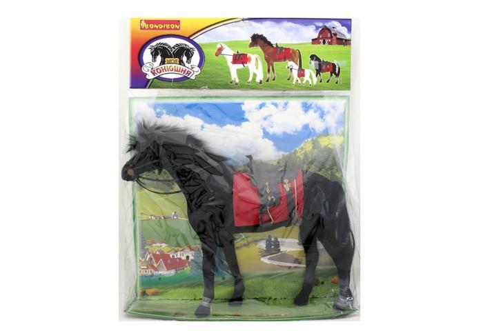 Bondibon Лошадь с уздечкой и седлом 12.5 смЛошадь с уздечкой и седлом 12.5 смЛошадь с уздечкой и седлом, 12.5 см.  Милая лошадка пригодится для игрушечного зоопарка, сюжетных игр с принцессами или пополнения коллекции фигурок животных.   Она имеет черный окрас и коротенькую гриву для удобства быстрого бега.   Лошадь уже оседлана и запряжена уздечкой.   Игрушка изготовлена из пластика и покрыта приятным бархатистым материалом — флоком.<br>