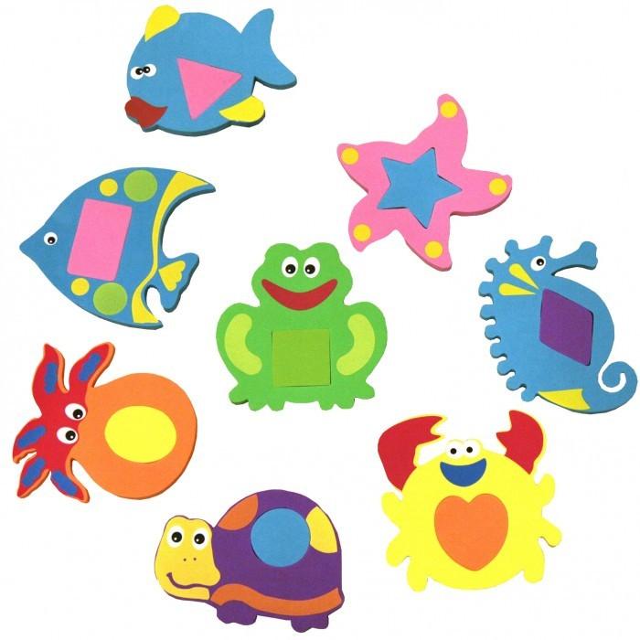FunKids Набор игрушек для купания WaterFunНабор игрушек для купания WaterFunНабор игрушек для купания WaterFun сделает купание вашего ребенка интересным и веселым. В набор входят: удочка и 8 игрушек-пазлов с цветными вставками.  Игрушки яркие, веселые, легкие и приятные на ощупь, не тонут в воде. Их можно прикрепить на стену или ловить удочкой. Игрушки развивают мелкую моторику, память, воображение и логическое мышление.  Набор игрушек для купания WaterFun не содержит фталат, аммиак и ПВХ.   Предупреждение! Изделие содержит мелкие детали. Во избежание несчастных случаев НЕ используйте для детей младше 3-х лет.<br>