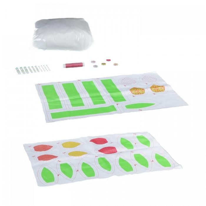 Bondibon Набор для творчества Шить - просто Волшебный букетНабор для творчества Шить - просто Волшебный букетНабор для творчества. Шить - просто! Волшебный букет.  Набор предназначен для того, чтобы сшить замечательные мягкие игрушки своими руками.   Прогладь ткань с изображением, вырежи по пунктирам и аккуратно сшей, добавляя набивной материал и следуя инструкции.   После ты сможешь украсить игрушку разнообразными аксессуарами: бантиками, заколками, яркими сережками. В каждом наборе – все необходимое для изготовления пяти забавных игрушек или целого букета цветов!<br>