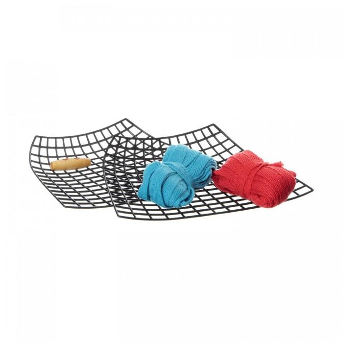 Bondibon Набор Я дизайнер сделай сумку из хлопковых нитей 20x15 смНабор Я дизайнер сделай сумку из хлопковых нитей 20x15 смНабор Я дизайнер сделай сумку из хлопковых нитей 20x15 см  Каждая модница знает, что сумочка нужна не только для хранения вещей, но и для создания завершенного стильного образа. Чтобы создать уникальную дизайнерскую сумку своими руками не требуется никаких специальных навыков, нужна лишь пара часов свободного времени, немного терпения и вдохновение!   В процессе создания не используются острые предметы (иглы, ножницы), а значит - маленький дизайнер не поранится.   С этим набором ребенок будет развивать мелкую моторику рук, аккуратность, усидчивость, творческие способности, а также весело и увлекательно проведёт время!<br>