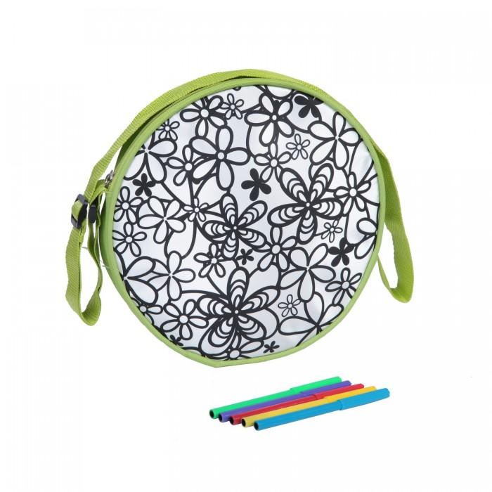 Bondibon Сумка для раскрашивания круглаяСумка для раскрашивания круглаяСумка для раскрашивания круглая.  Рюкзак может быть не только очень вместительным, но и являться ярким предметом, завершающим образ. Где же взять такой идеальный аксессуар? Конечно же, Маленькая леди получит не только красивый рюкзачок, но и набор ярких цветных фломастеров, чтобы раскрасить его так, как хочется.<br>
