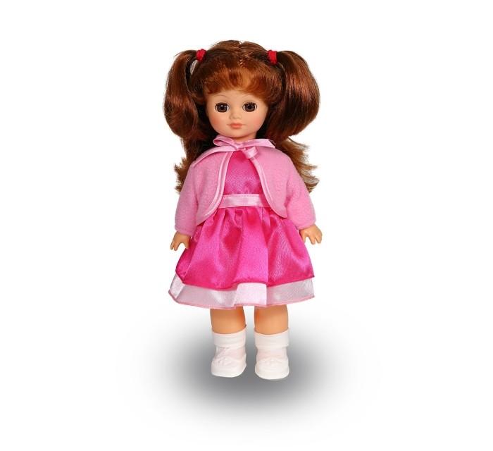 Весна Кукла Христина 3 42 смКукла Христина 3 42 смВесна Кукла Христина 3 (озвученная) покорит сердце любой девочки! Обаятельный внешний вид и прелестные одежки игрушечной красавицы вызывают только самые добрые и положительные эмоции.  Особенности: У очаровательной куклы Христины от фабрики Весна лучистые зеленые глаза и пышные каштановые волосы. На ней надеты нарядное платье из шёлка, болеро, носочки и белые туфельки. У Христины закрываются глазки, и она умеет разговаривать. При нажатии на звуковое устройство, вставленное в спинку, кукла произносит следующие фразы:  - Мама,  - Почитай мне книжку.  - Давай поиграем.  - Есть хочу.  - Хочу спать.  Очаровательная кукла фирмы Весна покорит сердце любой девочки! Обаятельный внешний вид и прелестные одежки игрушечных красавиц вызывают только самые добрые и положительные эмоции. Куклы производятся на российских фабриках из нетоксичных, безопасных для детей материалов. Они отличаются высоким качеством, проработанностью деталей и гармоничными пропорциями тела. Голова и ручки кукол изготовлены из эластичного винила, очень приятного на ощупь, а туловище и ножки - из прочной пластмассы. У кукол густые мягкие волосы, которые можно мыть, расчесывать и заплетать как только захочется. Они прочно закреплены и способны выдержать практически любые творческие порывы ребенка. Особый восторг у маленьких модниц вызывают нарядные костюмы, которые можно снимать и менять. Дополнительно к куклам выпускаются самые разнообразные комплекты одежды. С прелестной куклой отечественного производства возможно не просто весело проводить время, но и научиться одеваться по сезону. Игра с очаровательными куклами поможет развить мелкую моторику, а возможность менять костюмчики и прически формирует эстетический вкус. Милая игрушка станет лучшей подружкой для девочки и научит ребенка доброте и заботе о других.  Производитель оставляет за собой право изменения цветовой гаммы одежды и волос куклы, цвет глаз может варьироваться.<br>