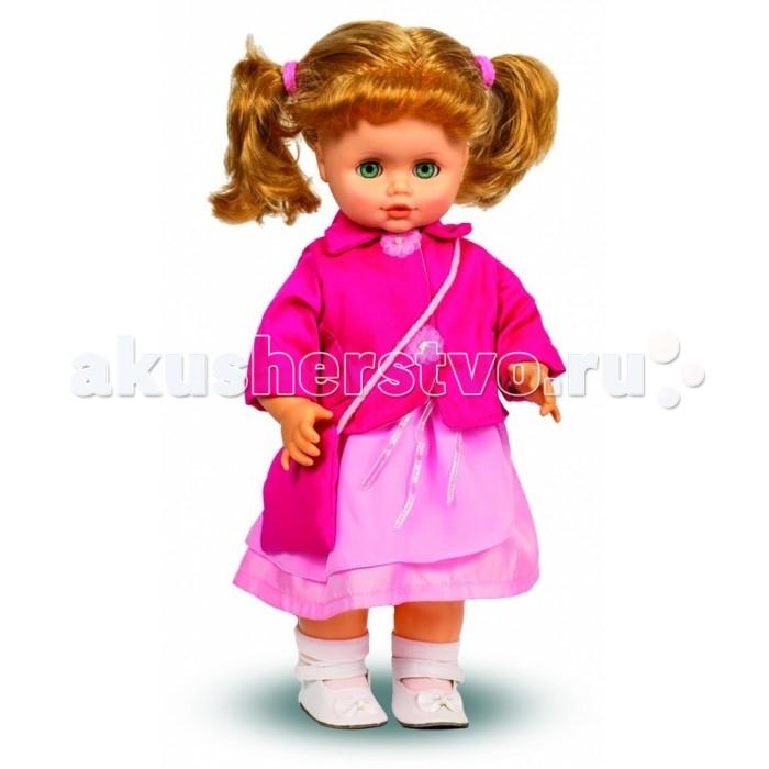 Весна Кукла Инна 23 49 смКукла Инна 23 49 смВесна Кукла Инна 23 (озвученная) покорит сердце любой девочки! Обаятельный внешний вид и прелестные одежки игрушечной красавицы вызывают только самые добрые и положительные эмоции.  Особенности: У милой куклы Инны яркие изумрудные глаза и прелестные золотистые хвостики. На ней надето прелестное шелковое платьице, розовый жакетик с пуговками-цветами, белые носочки и туфельки.  Комплект дополняют тканевая сумочка через плечо и розовые резиночки для волос. У Инны закрываются глазки, и она умеет разговаривать. При нажатии на звуковое устройство, вставленное в спинку, кукла произносит следующие фразы:  - Привет! Давай потанцуем.  - Я люблю музыку.  - Возьми меня за ручки.  - Покружись со мной.  - Как здорово!  - А сейчас спой мне песенку.  - А другую песенку…  - Мне очень нравится!  Очаровательная кукла фирмы Весна покорит сердце любой девочки! Обаятельный внешний вид и прелестные одежки игрушечных красавиц вызывают только самые добрые и положительные эмоции. Куклы производятся на российских фабриках из нетоксичных, безопасных для детей материалов. Они отличаются высоким качеством, проработанностью деталей и гармоничными пропорциями тела. Голова и ручки кукол изготовлены из эластичного винила, очень приятного на ощупь, а туловище и ножки - из прочной пластмассы. У кукол густые мягкие волосы, которые можно мыть, расчесывать и заплетать как только захочется. Они прочно закреплены и способны выдержать практически любые творческие порывы ребенка. Особый восторг у маленьких модниц вызывают нарядные костюмы, которые можно снимать и менять. Дополнительно к куклам выпускаются самые разнообразные комплекты одежды. С прелестной куклой отечественного производства возможно не просто весело проводить время, но и научиться одеваться по сезону. Игра с очаровательными куклами поможет развить мелкую моторику, а возможность менять костюмчики и прически формирует эстетический вкус. Милая игрушка станет лучшей подружкой для девочки и научит ребенк