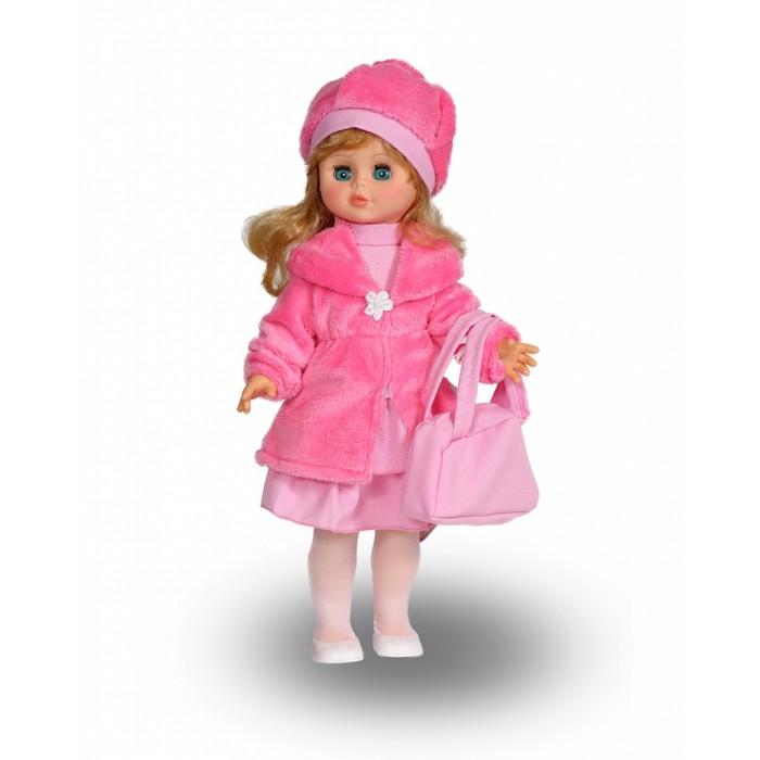 Весна Кукла Оля 1 49 смКукла Оля 1 49 смВесна Кукла Оля 1 (озвученная) покорит сердце любой девочки! Обаятельный внешний вид и прелестные одежки игрушечной красавицы вызывают только самые добрые и положительные эмоции.  Особенности: У модницы Оли небесно-голубые глаза и длинные золотистые локоны.  На ней надеты костюмчик из розовых блузки и юбки, шубка и берет из искусственного меха, беленькие колготки и туфельки. У Оли закрываются глазки, и она умеет разговаривать.  При нажатии на звуковое устройство, вставленное в спинку, кукла произносит следующие фразы:  - Привет! Давай потанцуем.  - Я люблю музыку.  - Возьми меня за ручки.  - Покружись со мной.  - Как здорово!  - А сейчас спой мне песенку.  - А другую песенку…  - Мне очень нравится!  Очаровательная кукла фирмы Весна покорит сердце любой девочки! Обаятельный внешний вид и прелестные одежки игрушечных красавиц вызывают только самые добрые и положительные эмоции. Куклы производятся на российских фабриках из нетоксичных, безопасных для детей материалов. Они отличаются высоким качеством, проработанностью деталей и гармоничными пропорциями тела. Голова и ручки кукол изготовлены из эластичного винила, очень приятного на ощупь, а туловище и ножки - из прочной пластмассы. У кукол густые мягкие волосы, которые можно мыть, расчесывать и заплетать как только захочется. Они прочно закреплены и способны выдержать практически любые творческие порывы ребенка. Особый восторг у маленьких модниц вызывают нарядные костюмы, которые можно снимать и менять. Дополнительно к куклам выпускаются самые разнообразные комплекты одежды. С прелестной куклой отечественного производства возможно не просто весело проводить время, но и научиться одеваться по сезону. Игра с очаровательными куклами поможет развить мелкую моторику, а возможность менять костюмчики и прически формирует эстетический вкус. Милая игрушка станет лучшей подружкой для девочки и научит ребенка доброте и заботе о других.  Производитель оставляет за собой право изменения цвето