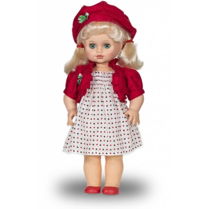 Весна Кукла Инна 47 49 смКукла Инна 47 49 смВесна Кукла Инна 47 (озвученная) покорит сердце любой девочки! Обаятельный внешний вид и прелестные одежки игрушечной красавицы вызывают только самые добрые и положительные эмоции.  Особенности: У прелестной куклы Инны волшебные зеленые глаза и мягкие светлые волосы.  На ней надеты красные болеро и берет из ворсового трикотажа, сарафанчик в горошек и красные башмачки. У Инны закрываются глазки, и она умеет разговаривать.  При нажатии на звуковое устройство, вставленное в спинку, кукла произносит следующие фразы:  - Здравствуй!  - Я – твоя подружка!  - Давай дружить!  Очаровательная кукла фирмы Весна покорит сердце любой девочки! Обаятельный внешний вид и прелестные одежки игрушечных красавиц вызывают только самые добрые и положительные эмоции. Куклы производятся на российских фабриках из нетоксичных, безопасных для детей материалов. Они отличаются высоким качеством, проработанностью деталей и гармоничными пропорциями тела. Голова и ручки кукол изготовлены из эластичного винила, очень приятного на ощупь, а туловище и ножки - из прочной пластмассы. У кукол густые мягкие волосы, которые можно мыть, расчесывать и заплетать как только захочется. Они прочно закреплены и способны выдержать практически любые творческие порывы ребенка. Особый восторг у маленьких модниц вызывают нарядные костюмы, которые можно снимать и менять. Дополнительно к куклам выпускаются самые разнообразные комплекты одежды. С прелестной куклой отечественного производства возможно не просто весело проводить время, но и научиться одеваться по сезону. Игра с очаровательными куклами поможет развить мелкую моторику, а возможность менять костюмчики и прически формирует эстетический вкус. Милая игрушка станет лучшей подружкой для девочки и научит ребенка доброте и заботе о других.  Производитель оставляет за собой право изменения цветовой гаммы одежды и волос куклы, цвет глаз может варьироваться.<br>