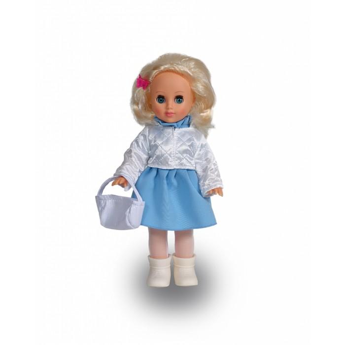 Весна Кукла Алла 7 42 смКукла Алла 7 42 смВесна Кукла Алла 7 покорит сердце любой девочки! Обаятельный внешний вид и прелестные одежки игрушечной красавицы вызывают только самые добрые и положительные эмоции.  Особенности: У обворожительной куклы Аллы небесно-голубые глаза и роскошные золотистые волосы.  Одета Алла в платьице под цвет глаз, белую курточку из термосинтепона, колготки из сетки-стрейч и белоснежные сапожки.  Дополняет комплект чудесная белая сумочка из искусственной кожи с застёжкой на липучку.  Очаровательная кукла фирмы Весна покорит сердце любой девочки! Обаятельный внешний вид и прелестные одежки игрушечных красавиц вызывают только самые добрые и положительные эмоции. Куклы производятся на российских фабриках из нетоксичных, безопасных для детей материалов. Они отличаются высоким качеством, проработанностью деталей и гармоничными пропорциями тела. Голова и ручки кукол изготовлены из эластичного винила, очень приятного на ощупь, а туловище и ножки - из прочной пластмассы. У кукол густые мягкие волосы, которые можно мыть, расчесывать и заплетать как только захочется. Они прочно закреплены и способны выдержать практически любые творческие порывы ребенка. Особый восторг у маленьких модниц вызывают нарядные костюмы, которые можно снимать и менять. Дополнительно к куклам выпускаются самые разнообразные комплекты одежды. С прелестной куклой отечественного производства возможно не просто весело проводить время, но и научиться одеваться по сезону. Игра с очаровательными куклами поможет развить мелкую моторику, а возможность менять костюмчики и прически формирует эстетический вкус. Милая игрушка станет лучшей подружкой для девочки и научит ребенка доброте и заботе о других.  Производитель оставляет за собой право изменения цветовой гаммы одежды и волос куклы, цвет глаз может варьироваться.<br>
