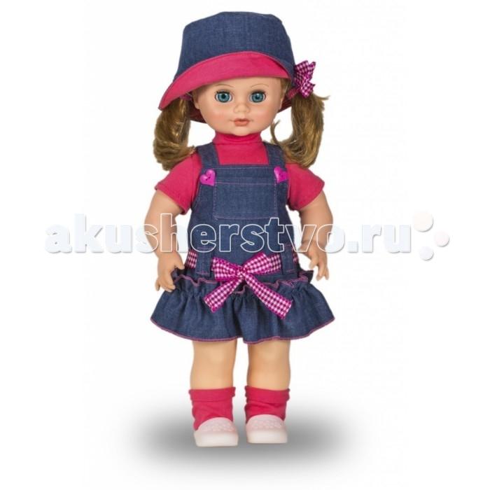 Весна Кукла Маргарита 11 42 смКукла Маргарита 11 42 смВесна Кукла Маргарита 11 (озвученная) покорит сердце любой девочки! Обаятельный внешний вид и прелестные одежки игрушечной красавицы вызывают только самые добрые и положительные эмоции.  Особенности: У хорошенькой куклы Маргариты небесно-голубые глаза и чудесные темно-русые волосы.  На ней надеты розовая футболочка, джинсовый сарафанчик и розовые носочки. Комплект дополняют белые кроссовочки и шляпка в тон сарафану. У Маргариты закрываются глазки, и она умеет разговаривать.  При нажатии на звуковое устройство, вставленное в спинку, кукла произносит следующие фразы:  - Привет! Давай потанцуем.  - Я люблю музыку.  - Возьми меня за ручки.  - Покружись со мной.  - Как здорово!  - А сейчас спой мне песенку.  - А другую песенку…  - Мне очень нравится!  Очаровательная кукла фирмы Весна покорит сердце любой девочки! Обаятельный внешний вид и прелестные одежки игрушечных красавиц вызывают только самые добрые и положительные эмоции. Куклы производятся на российских фабриках из нетоксичных, безопасных для детей материалов. Они отличаются высоким качеством, проработанностью деталей и гармоничными пропорциями тела. Голова и ручки кукол изготовлены из эластичного винила, очень приятного на ощупь, а туловище и ножки - из прочной пластмассы. У кукол густые мягкие волосы, которые можно мыть, расчесывать и заплетать как только захочется. Они прочно закреплены и способны выдержать практически любые творческие порывы ребенка. Особый восторг у маленьких модниц вызывают нарядные костюмы, которые можно снимать и менять. Дополнительно к куклам выпускаются самые разнообразные комплекты одежды. С прелестной куклой отечественного производства возможно не просто весело проводить время, но и научиться одеваться по сезону. Игра с очаровательными куклами поможет развить мелкую моторику, а возможность менять костюмчики и прически формирует эстетический вкус. Милая игрушка станет лучшей подружкой для девочки и научит ребенка доброте и заботе о д