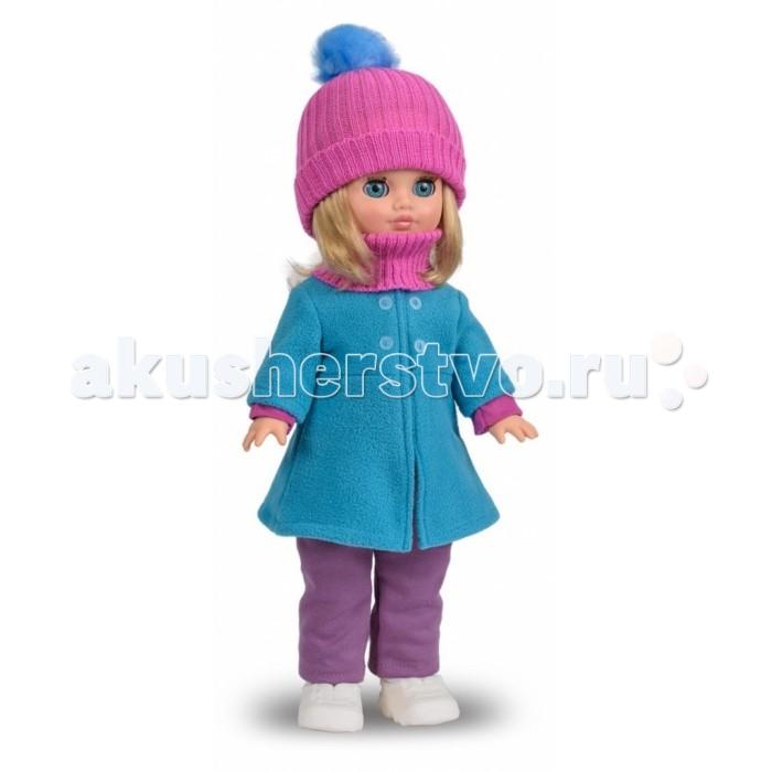 Весна Кукла Герда 4 42 смКукла Герда 4 42 смВесна Кукла Герда 4 (озвученная) покорит сердце любой девочки! Обаятельный внешний вид и прелестные одежки игрушечной красавицы вызывают только самые добрые и положительные эмоции.   Особенности: У очаровательной куклы Герды большие голубые глаза и блестящие светлые волосы.  На ней чудесный зимний костюмчик: блузка из трикотажа с длинными рукавами, брюки, голубое пальто из флиса и белые кроссовки.  Комплект дополняют вязанные шапочка и шарф. У Герды закрываются глазки, и она умеет разговаривать.  При нажатии на звуковое устройство, вставленное в спинку, кукла произносит следующие фразы:  - Мама,  - Почитай мне книжку.  - Давай поиграем.  - Есть хочу.  - Хочу спать.  Очаровательная кукла фирмы Весна покорит сердце любой девочки! Обаятельный внешний вид и прелестные одежки игрушечных красавиц вызывают только самые добрые и положительные эмоции. Куклы производятся на российских фабриках из нетоксичных, безопасных для детей материалов. Они отличаются высоким качеством, проработанностью деталей и гармоничными пропорциями тела. Голова и ручки кукол изготовлены из эластичного винила, очень приятного на ощупь, а туловище и ножки - из прочной пластмассы. У кукол густые мягкие волосы, которые можно мыть, расчесывать и заплетать как только захочется. Они прочно закреплены и способны выдержать практически любые творческие порывы ребенка. Особый восторг у маленьких модниц вызывают нарядные костюмы, которые можно снимать и менять. Дополнительно к куклам выпускаются самые разнообразные комплекты одежды. С прелестной куклой отечественного производства возможно не просто весело проводить время, но и научиться одеваться по сезону. Игра с очаровательными куклами поможет развить мелкую моторику, а возможность менять костюмчики и прически формирует эстетический вкус. Милая игрушка станет лучшей подружкой для девочки и научит ребенка доброте и заботе о других.  Производитель оставляет за собой право изменения цветовой гаммы одежды и волос куклы