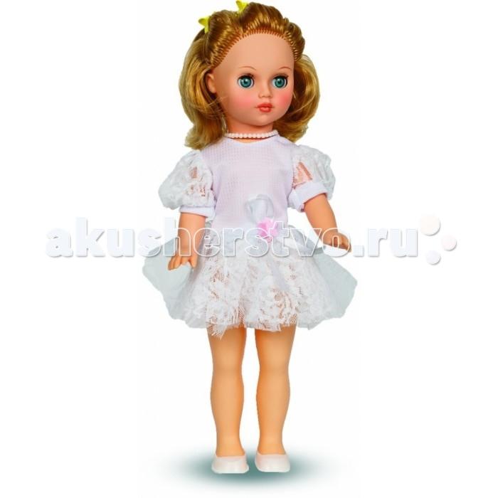 Весна Кукла Мила 1 42 смКукла Мила 1 42 смВесна Кукла Мила 1 покорит сердце любой девочки! Обаятельный внешний вид и прелестные одежки игрушечной красавицы вызывают только самые добрые и положительные эмоции.   Особенности: У куклы Милы от фабрики Весна яркие изумрудные глаза, очаровательный румянец и золотистые волосы.  На ней надеты легкое платьице, берет и белые туфельки.  Очаровательная кукла фирмы Весна покорит сердце любой девочки! Обаятельный внешний вид и прелестные одежки игрушечных красавиц вызывают только самые добрые и положительные эмоции. Куклы производятся на российских фабриках из нетоксичных, безопасных для детей материалов. Они отличаются высоким качеством, проработанностью деталей и гармоничными пропорциями тела. Голова и ручки кукол изготовлены из эластичного винила, очень приятного на ощупь, а туловище и ножки - из прочной пластмассы. У кукол густые мягкие волосы, которые можно мыть, расчесывать и заплетать как только захочется. Они прочно закреплены и способны выдержать практически любые творческие порывы ребенка. Особый восторг у маленьких модниц вызывают нарядные костюмы, которые можно снимать и менять. Дополнительно к куклам выпускаются самые разнообразные комплекты одежды. С прелестной куклой отечественного производства возможно не просто весело проводить время, но и научиться одеваться по сезону. Игра с очаровательными куклами поможет развить мелкую моторику, а возможность менять костюмчики и прически формирует эстетический вкус. Милая игрушка станет лучшей подружкой для девочки и научит ребенка доброте и заботе о других.  Производитель оставляет за собой право изменения цветовой гаммы одежды и волос куклы, цвет глаз может варьироваться.<br>