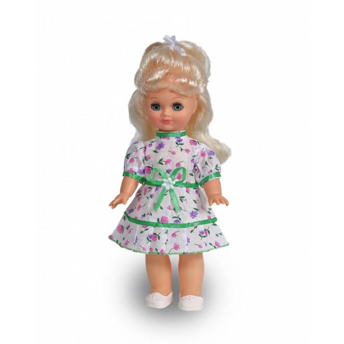 Весна Кукла Наталья 7 42 смКукла Наталья 7 42 смВесна Кукла Наталья 7 (озвученная) покорит сердце любой девочки! Обаятельный внешний вид и прелестные одежки игрушечной красавицы вызывают только самые добрые и положительные эмоции.   Особенности: У прелестной куклы Натальи очаровательные зеленые глаза и пышные светлые волосы.  На ней надеты милое платьице в цветочек и белые туфельки. У Натальи закрываются глазки, и она умеет разговаривать.  При нажатии на звуковое устройство, вставленное в спинку, кукла произносит следующие фразы:  - Мама, мама.  - Улыбнись!  - Завяжи мне бантик.  - Хочу гулять.  - Есть хочу.  - Дай мне конфетку!  - Расскажи сказку.  - Расскажи еще!  - Хочу спать.  - Спокойной ночи!  Очаровательная кукла фирмы Весна покорит сердце любой девочки! Обаятельный внешний вид и прелестные одежки игрушечных красавиц вызывают только самые добрые и положительные эмоции. Куклы производятся на российских фабриках из нетоксичных, безопасных для детей материалов. Они отличаются высоким качеством, проработанностью деталей и гармоничными пропорциями тела. Голова и ручки кукол изготовлены из эластичного винила, очень приятного на ощупь, а туловище и ножки - из прочной пластмассы. У кукол густые мягкие волосы, которые можно мыть, расчесывать и заплетать как только захочется. Они прочно закреплены и способны выдержать практически любые творческие порывы ребенка. Особый восторг у маленьких модниц вызывают нарядные костюмы, которые можно снимать и менять. Дополнительно к куклам выпускаются самые разнообразные комплекты одежды. С прелестной куклой отечественного производства возможно не просто весело проводить время, но и научиться одеваться по сезону. Игра с очаровательными куклами поможет развить мелкую моторику, а возможность менять костюмчики и прически формирует эстетический вкус. Милая игрушка станет лучшей подружкой для девочки и научит ребенка доброте и заботе о других.  Производитель оставляет за собой право изменения цветовой гаммы одежды и волос куклы, цвет гла