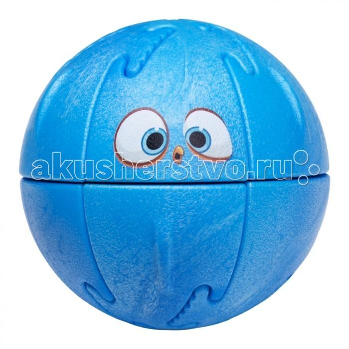 Крашики Объемный пазл Angry Birds BlueОбъемный пазл Angry Birds BlueКрашики Объемный пазл Angry Birds Blue поможет скрасить досуг любого ребенка, группы детей, или даже их родителей. С необычной головоломкой можно придумывать различные вариации веселой игры, что поможет отвлечь современных детей от планшетов и телефонов.  Особенности: Крашик Angry Birds изготовлен из качественного безопасного материала на современном оборудовании.  Детали головоломки соединяются друг с другом с помощью пазов и удерживаются магнитами. Задача состоит в том, чтобы правильно соединить детали и собрать веселого персонажа из Angry Birds. При этом необходимо учитывать магнитные полюса каждой детали, что познакомит детей с основами магнетизма.  Также внутри каждого пазла находится небольшое пластиковое яйцо, которое может использоваться в коллективных играх.  С крашиками можно играть как самостоятельно, так и в компании друзей. Чем больше детей и пазлов – тем интереснее играть! Крашики Angry Birds не только помогут вернуть современному поколению веселое и активное детство вдали от новомодных гаджетов, но и помогут развить логическое мышление и мелкую моторику рук. Дети и родители будут в восторге от этой красочной и многогранной игрушки!  Как играть: Крашик на улице.  - Играют от 2 человек до бесконечности. Чем больше шаров, тем интереснее игра.  - У ребенка есть одна птица и одна свинья.  - Свиньи выстраиваются в ряд. В каждую свинью прячется яйцо.  - Птица кидается с расстояния от 3-5 метров.  - Цель – выбить своей птицей свинью так, чтобы из нее выпало яйцо. Выигрывает тот, кто соберет больше яиц. Конструктор-пазл Крашик.  - Шар разбирается на 12 частей, задача ребенка правильно собрать шар, чтобы получился герой известной игры.   - При наличии нескольких шаров – ребенок может составить разноцветных персонажей или попытаться при большем количестве деталей собрать нужного героя. Крашик Дома.  - Этот вариант игры подходит для домашних посиделок или при отсутствии большего пространства в до