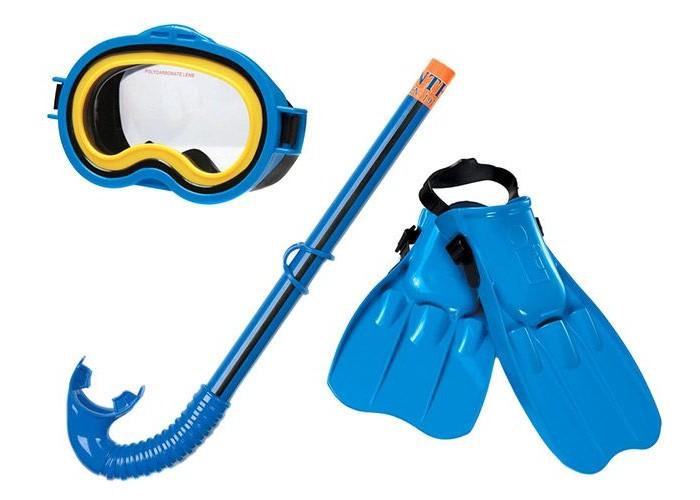Intex Набор для плавания с 8 летНабор для плавания с 8 летIntex Набор для плавания станет незаменимым аксессуаром для исследователей, желающих узнать, что находится ниже поверхности воды. В комплект вошли: удобная маска, чтобы разглядывать дно; прочная и надежная трубка для дыхания под водой; ласты, чтобы плавать быстро и далеко. Компактные размеры изделий позволяют взять набор в любое путешествие.  Особенности: Гипоаллергенные материалы. Размер ласт регулируемый - от 37.5 до 39!  В комплекте:  Маска для подводного плавания  трубка  ласты<br>