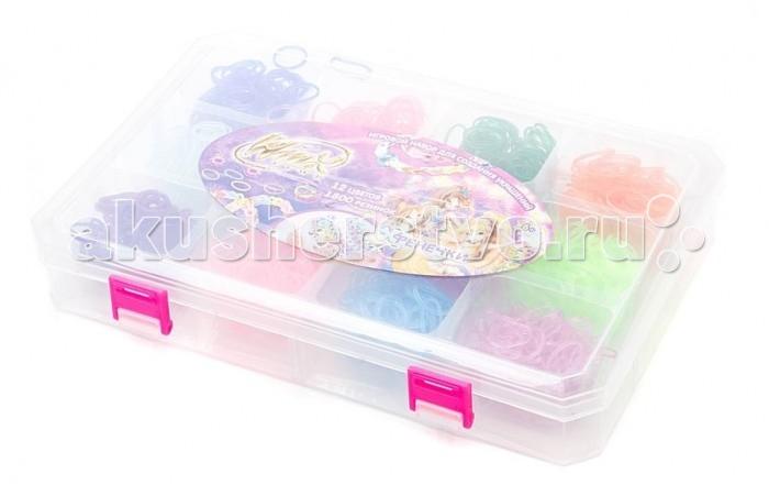 1 Toy Winx Фенечки набор Т58315Winx Фенечки набор Т583151 Toy Winx Фенечки - молодое и очень популярное хобби среди детей, подростков и взрослых по всему миру.   Используя простые в обращении приспособления для плетения, можно в короткий срок сплести множество великолепных, ярких, красивых браслетов, подвесок, колец, сумочек, шарфов, различных аксессуаров (например, чехол для телефона), фигурок, героев мультфильмов и много другое.   Пластиковый станок для плетения полноразмерный или компактный удобно брать в дорогу.   В наборе: 12 цветов, 1800 резиночек, 48 застёжек, 1 крючок.<br>